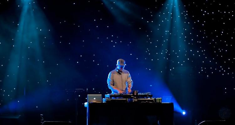 Præsenteret af Utopia DJ School